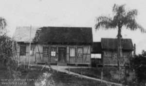 1927 – Primeira escola do Warnow