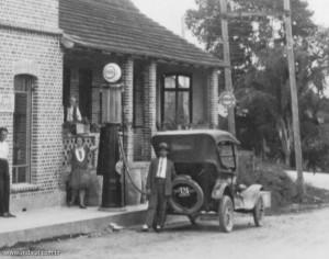1929 - Primeira bomba de gasolina de Indaial