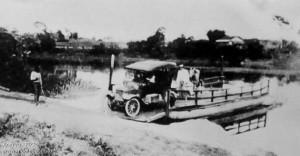1920 – Primeiro automóvel