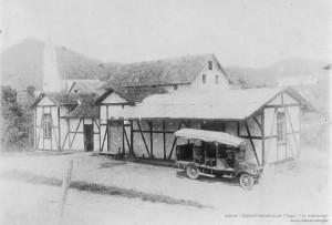 1926 – Primeira estação de trem